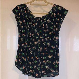 Lauren Conrad size M Floral Blouse
